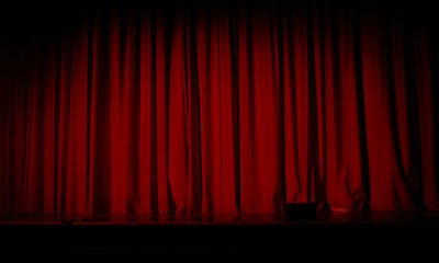 Red_Curtain_by_SolStock