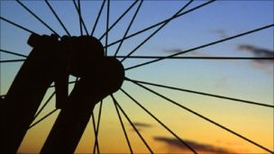 _50097524_bicycle-wheel-1